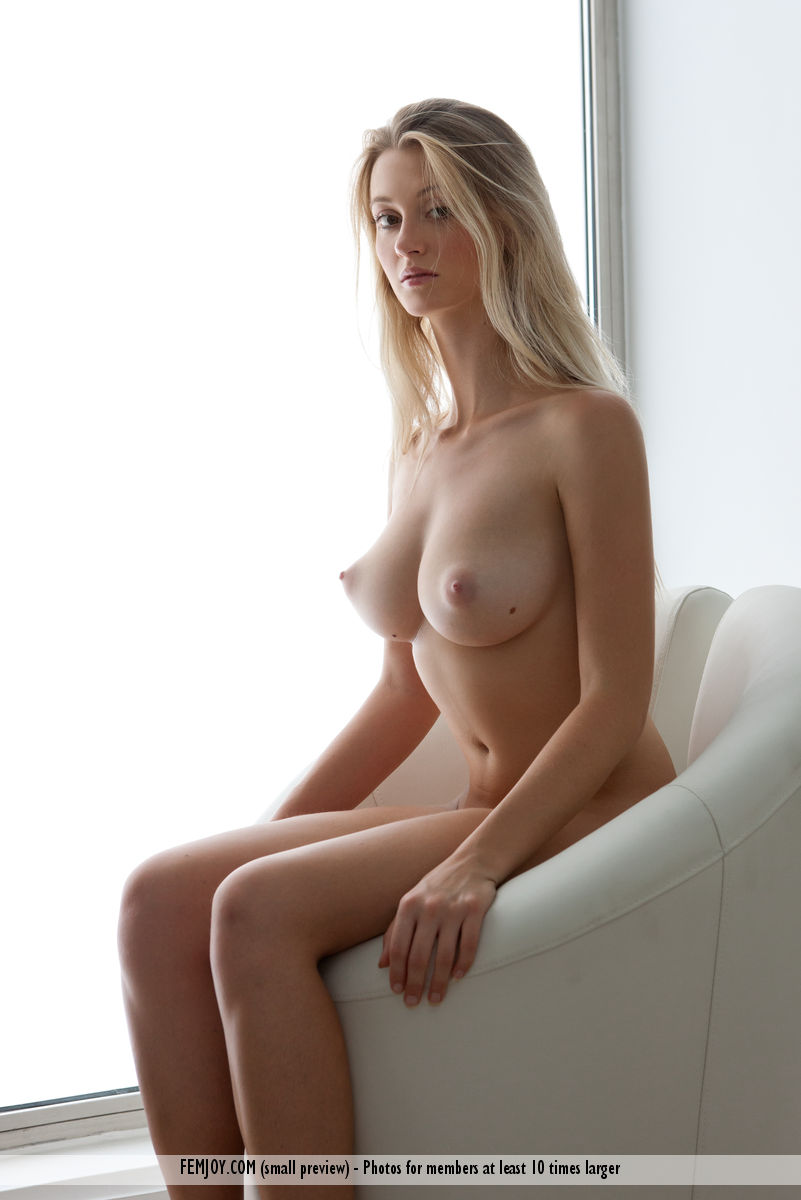 naked woman pink top