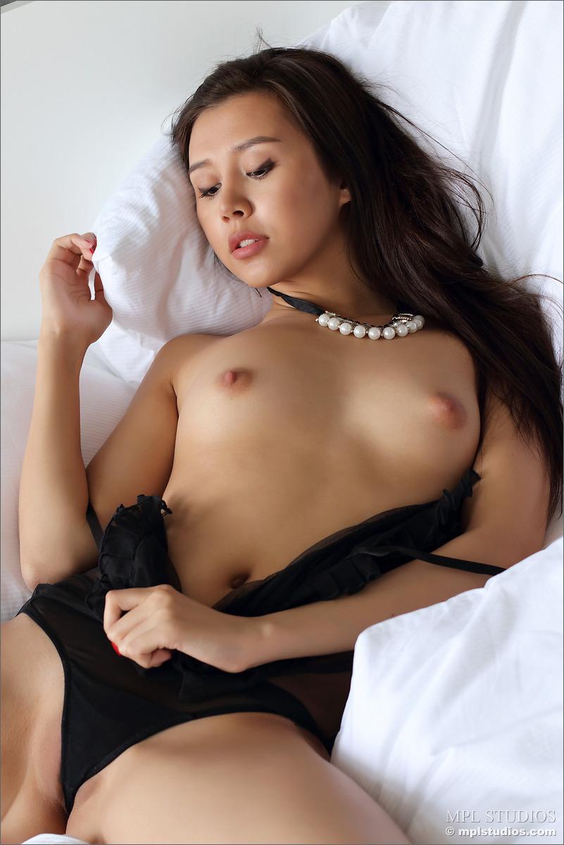 MPL sakura pussy Nude-Gals