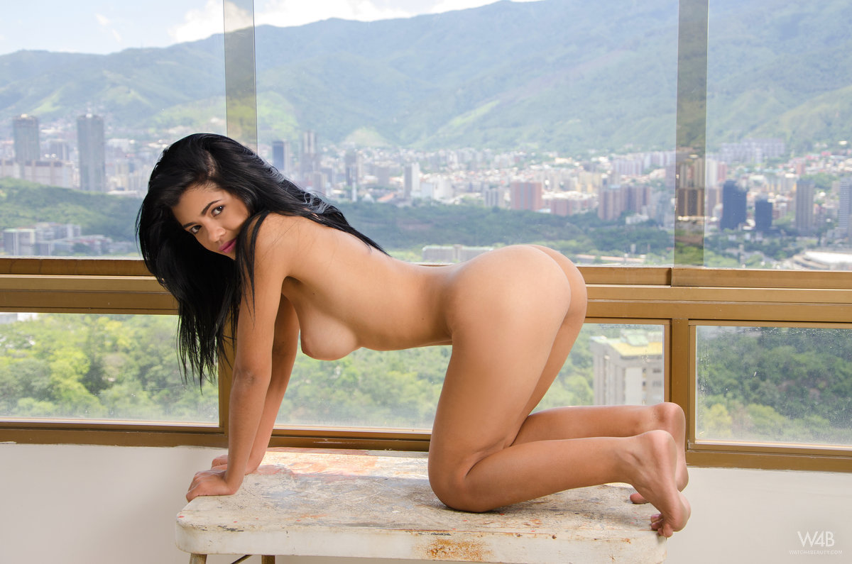 nude colombian girls galleries