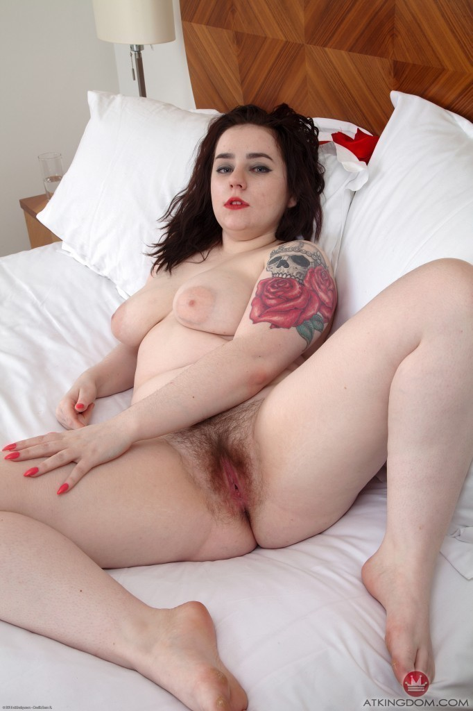 Nude chubby pale girl very well