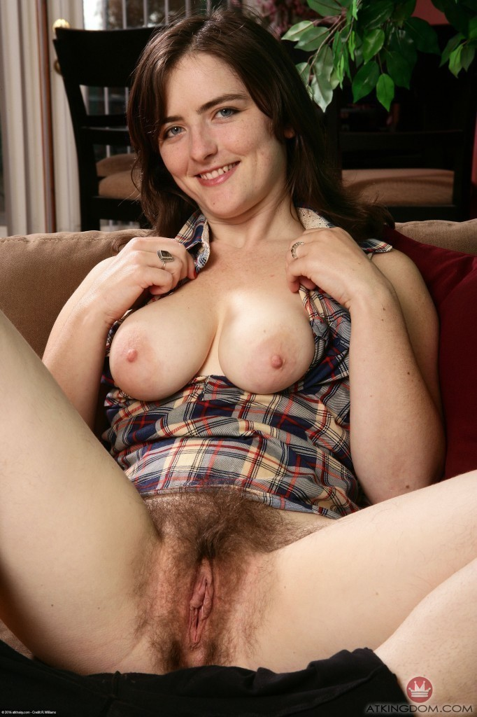 Brunette big tits hairy pussies has