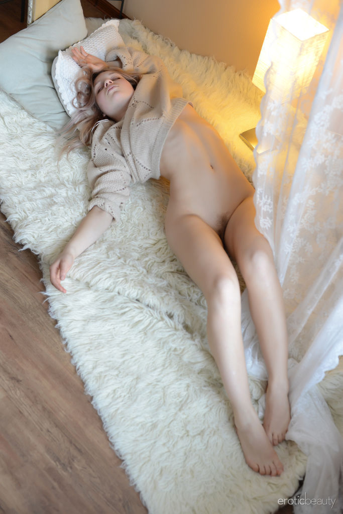 perfect soft skinned nude girls