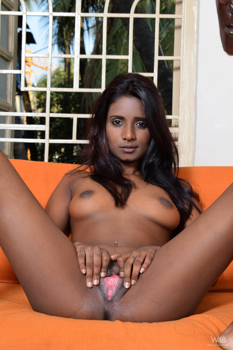indian shaved pussy women