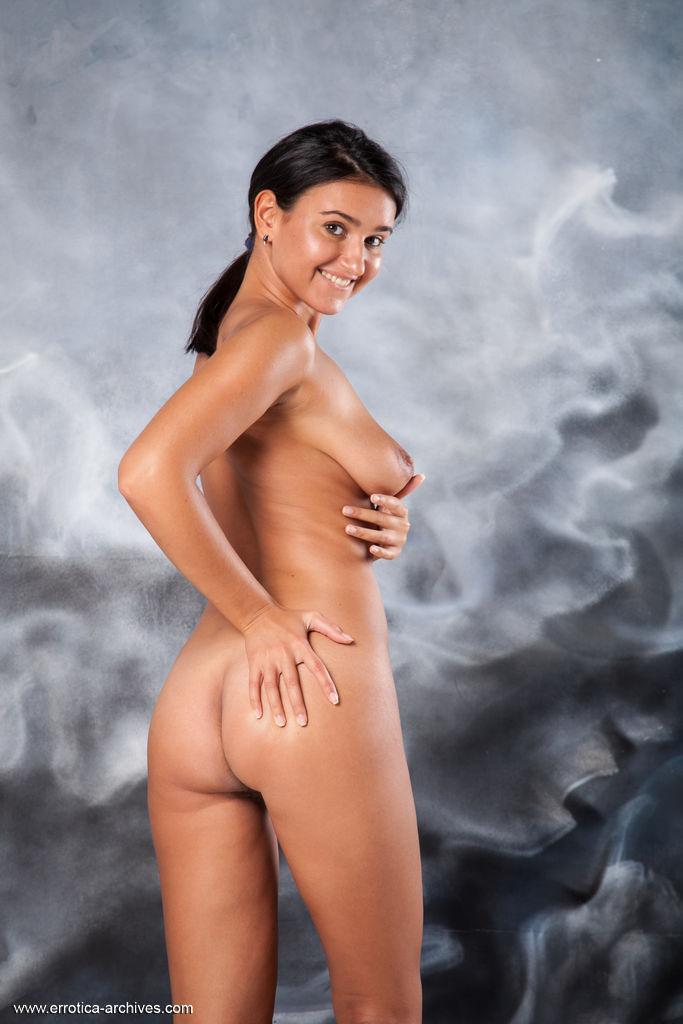 Lesbians scissoring shower