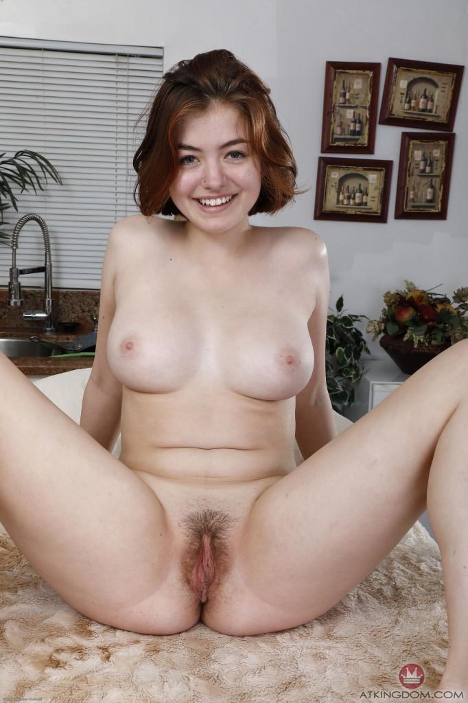 Boobs nude pics lesbi