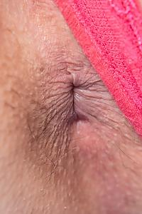 Leslie creamy hairy pussy