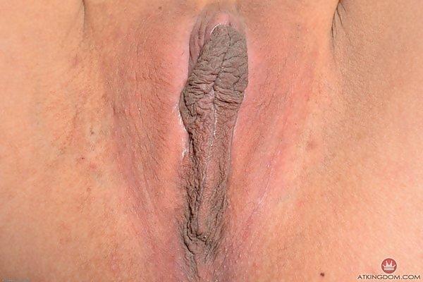 Zaya Cassidy huge nipples