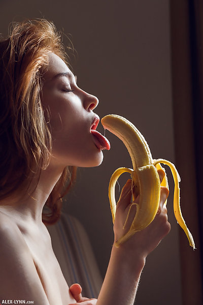 Jia Lissa in Banana Story