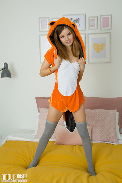 Apricot in Crafty Fox