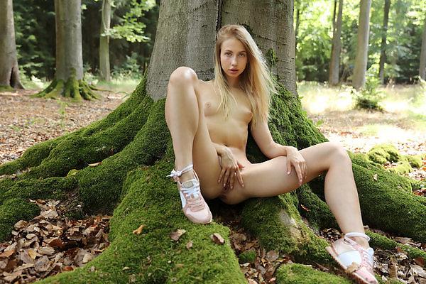 Anna Di in Forest Fairy