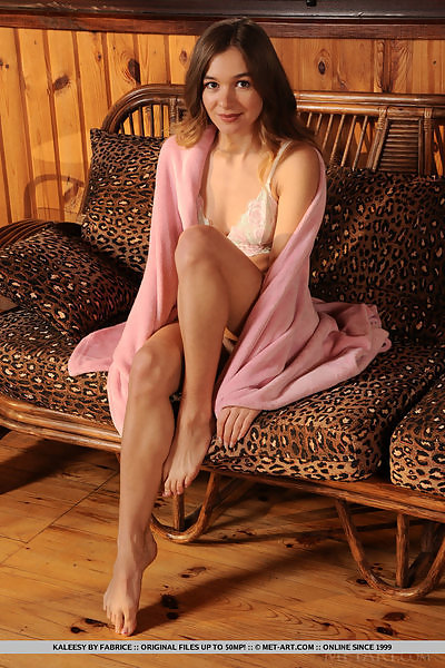 Kaleesy in Vacation Cabin by Fabrice