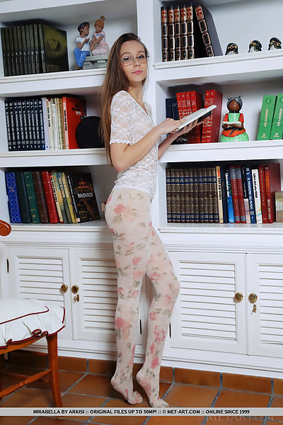 Mirabella in Bookworm by Arkisi