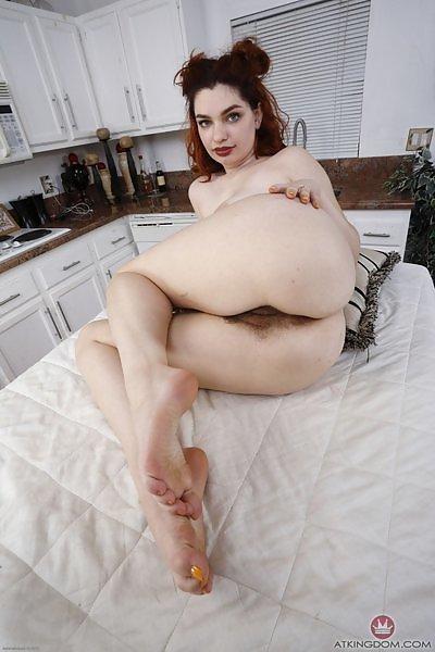 Annabel Redd curvy girl in blue lingerie
