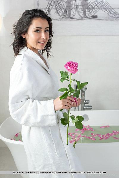 Dionisia in Romantic Bath by Tora Ness