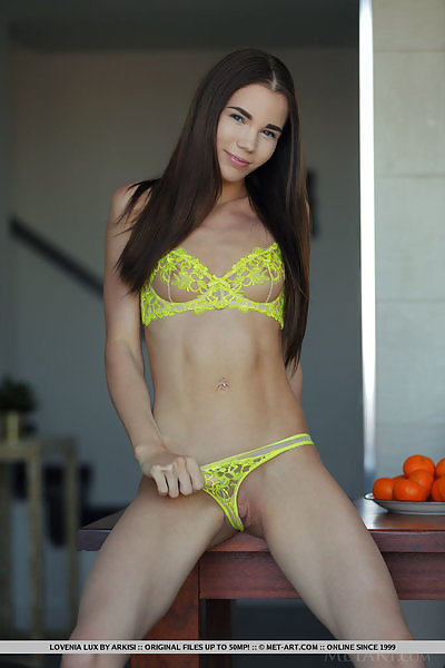 Lovenia Lux in Vitamin C by Arkisi
