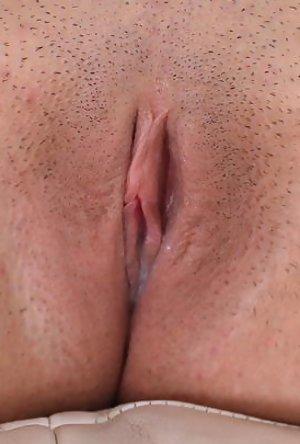 Chris brown girlfriend pussy pics