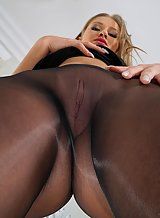 Tiffany Tatum Leggy Pornstar in Pantyhose