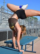 Sporty amateur shows off how flexible she is