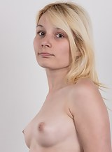 Casting pics of a blonde amateur