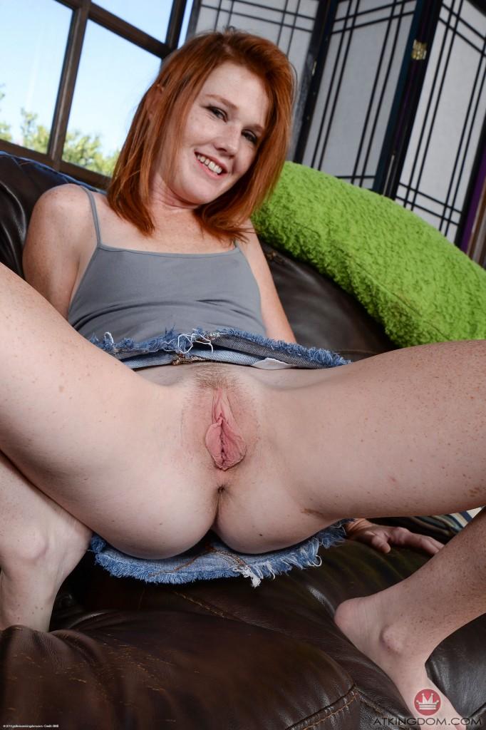 Redhead Nude Teen Pussy Porn Model Hd